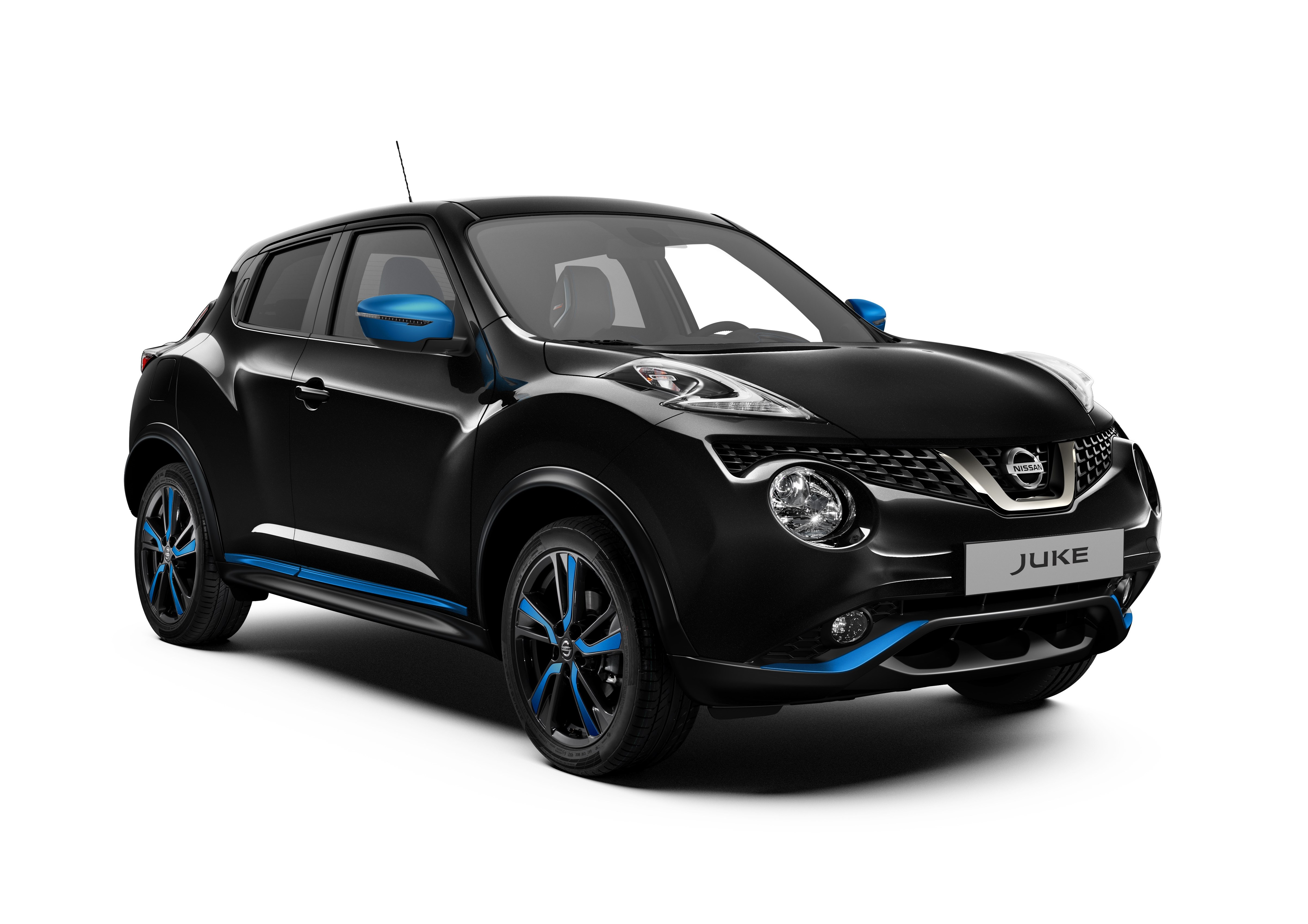 426220251_Nissan_Juke_MY18_Exterior_Blue_Perso_LHD