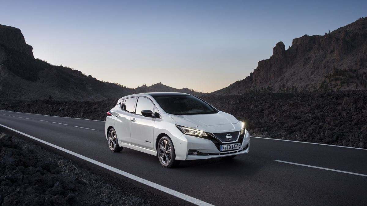 LEAF tops EV sales in Europe-1200x675