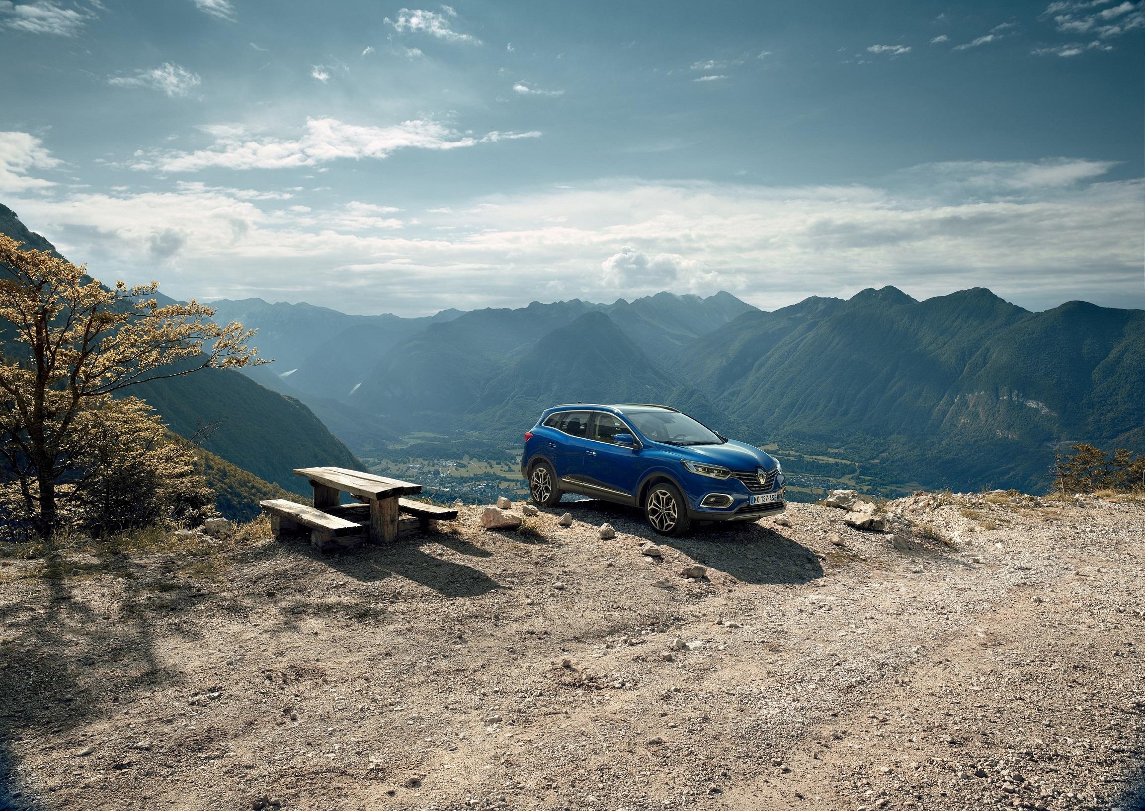21215329_2018_-_New_Renault_KADJAR