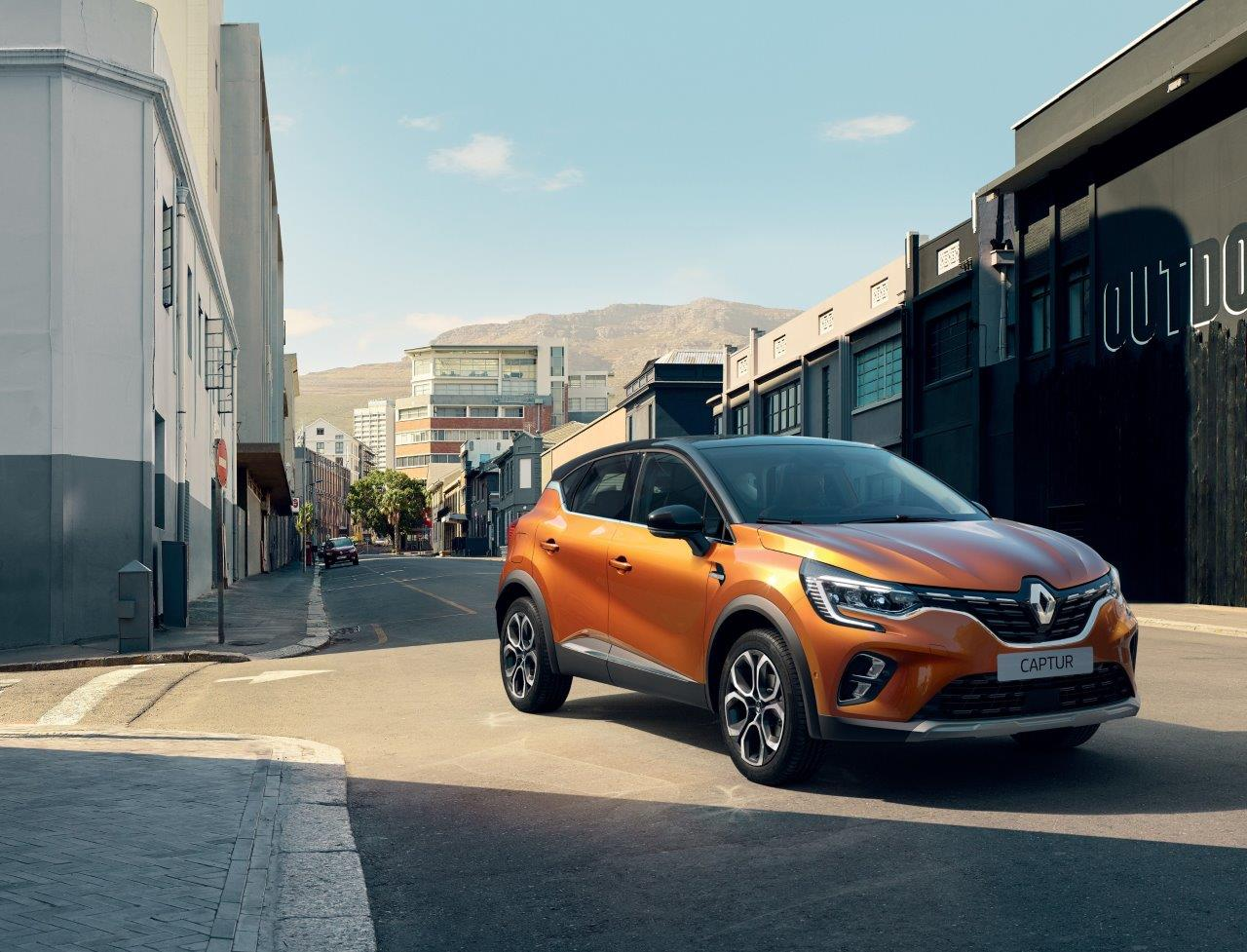 21229587_2019_-_New_Renault_CAPTUR